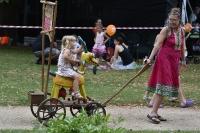 Nedělní zahradní slavnost, Paměti míst_68